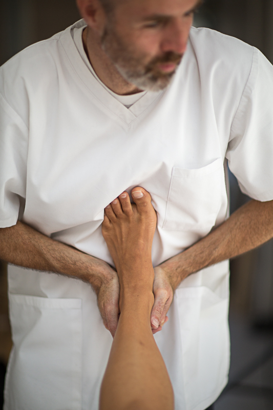 Pavilion Osteopathy - Subtalar joint assessment