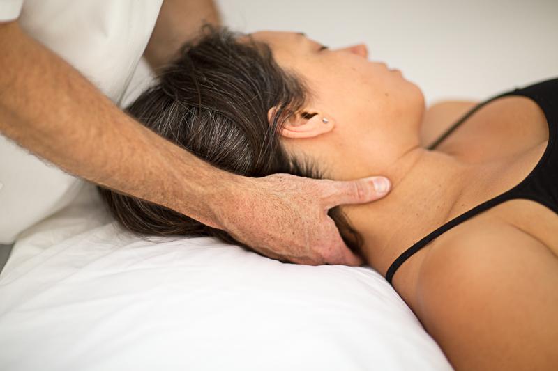 Pavilion Osteopathy - Neck soft tissue treatment