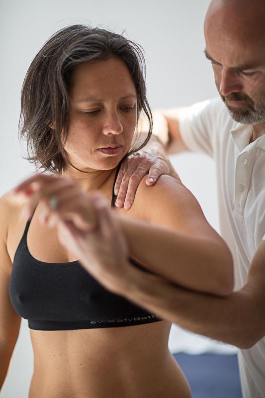 Pavilion Osteopathy - Shoulder examination